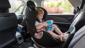 barn-i-bil-300x171