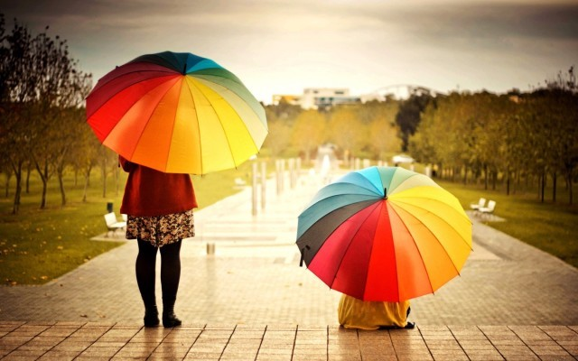 mood-people-umbrellas-colorful-wallpaper-1680x1050-640x400