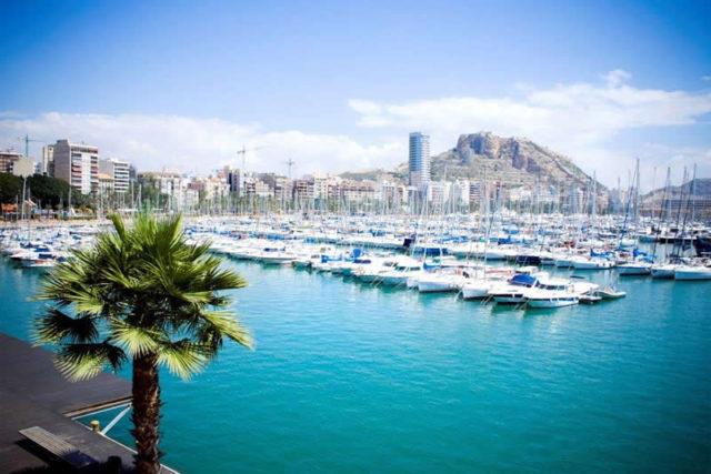 alicante-harbour-spain-640x427